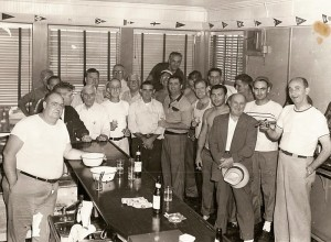 ppyc1951_men_at_bar